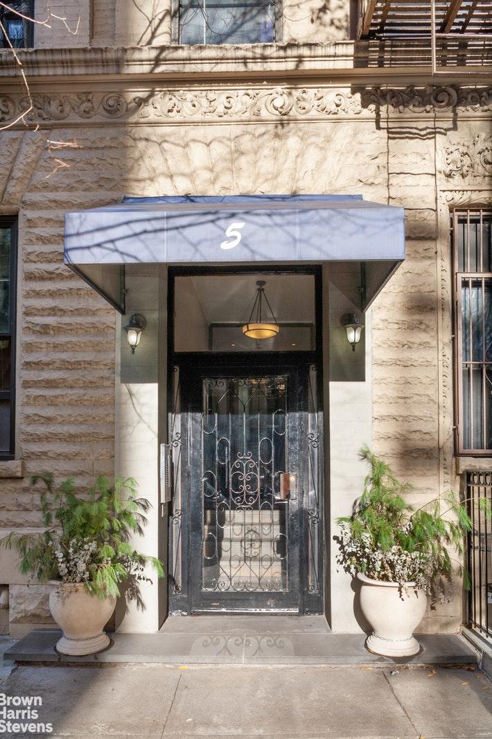 5 WEST 107TH STREET, Upper West Side, $749,000, Web #: 20592530