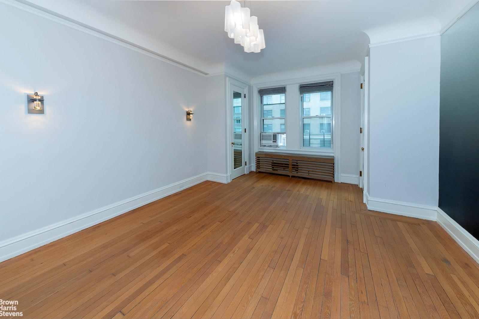 151 WEST 86TH STREET 4C, Upper West Side, $2,590,000, Web #: 20600512