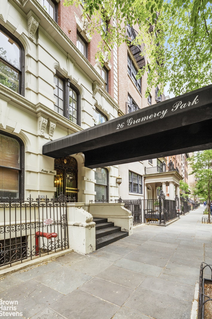 26 GRAMERCY PARK SOUTH 4C, Gramercy Park, $550,000, Web #: 20851041