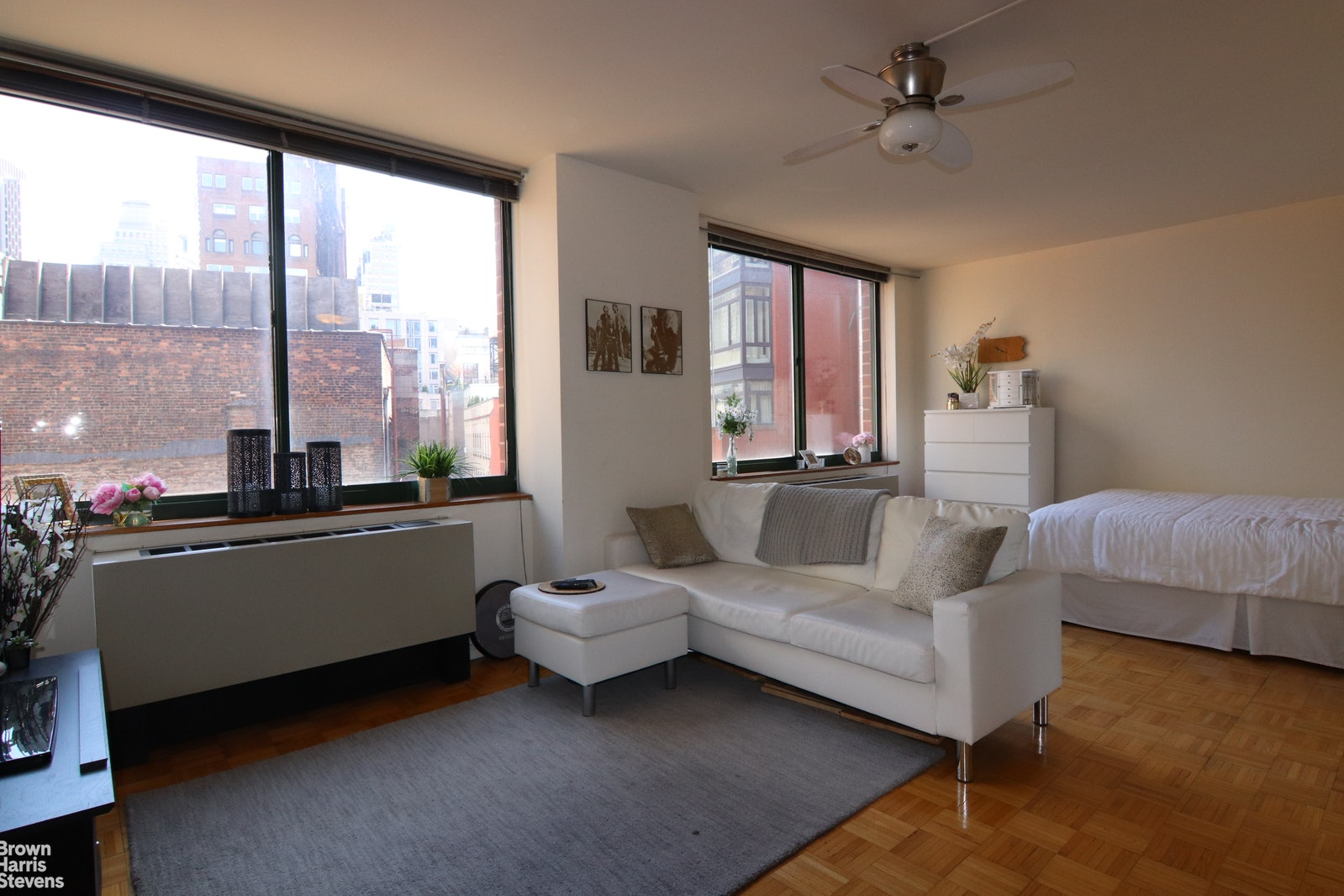 295 GREENWICH STREET 8N, Tribeca, $2,600, Web #: 20858656