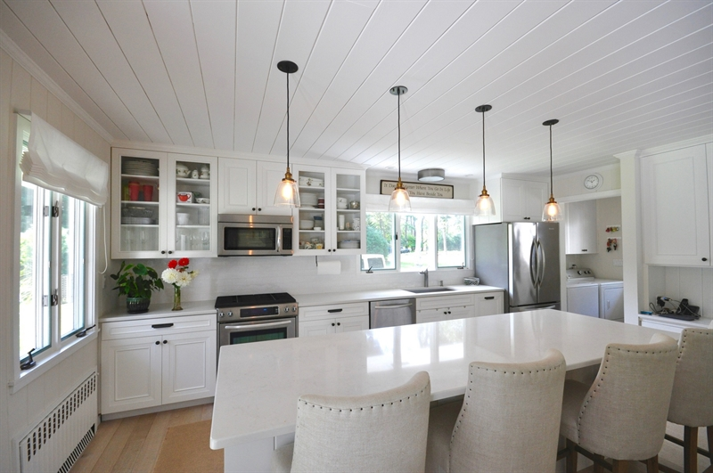 EH Village, East Hampton, $3,995,000, Web #: 28451