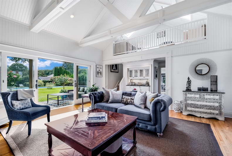54 Toilsome Lane, East Hampton, $2,200,000, Web #: 34991