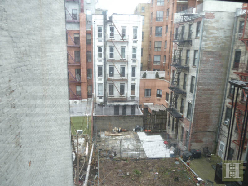 166 SUFFOLK STREET 3B, Lower East Side, $2,100, Web #: 3810596