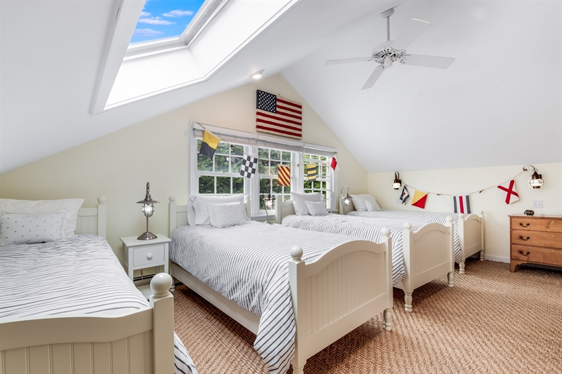 74 Hampton Lane, Amagansett, $4,500,000, Web #: 40531