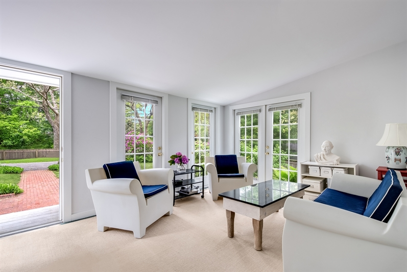 120 Accabonac Road, East Hampton, $999,000, Web #: 55419