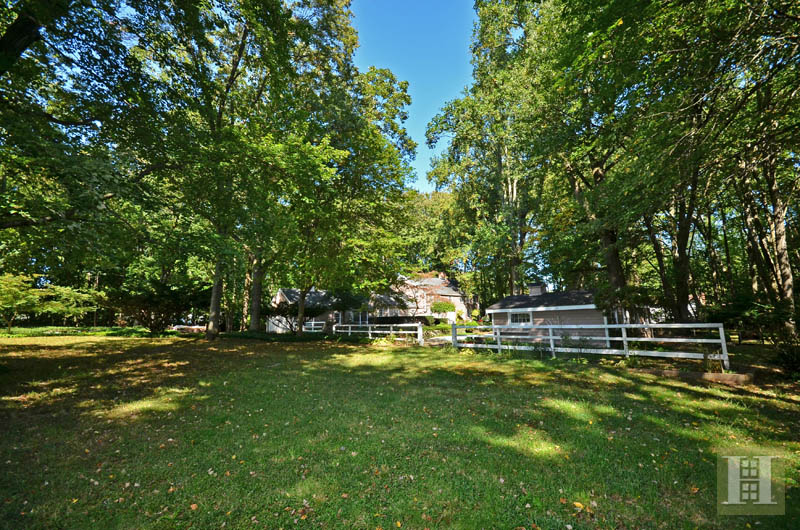 107 OLD ROAD, Westport, $1,775,000, Web #: 99079949