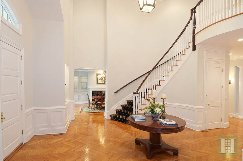 Additional photo for property listing at 242 WAHACKME ROAD  New Canaan, Connecticut,06840 Estados Unidos