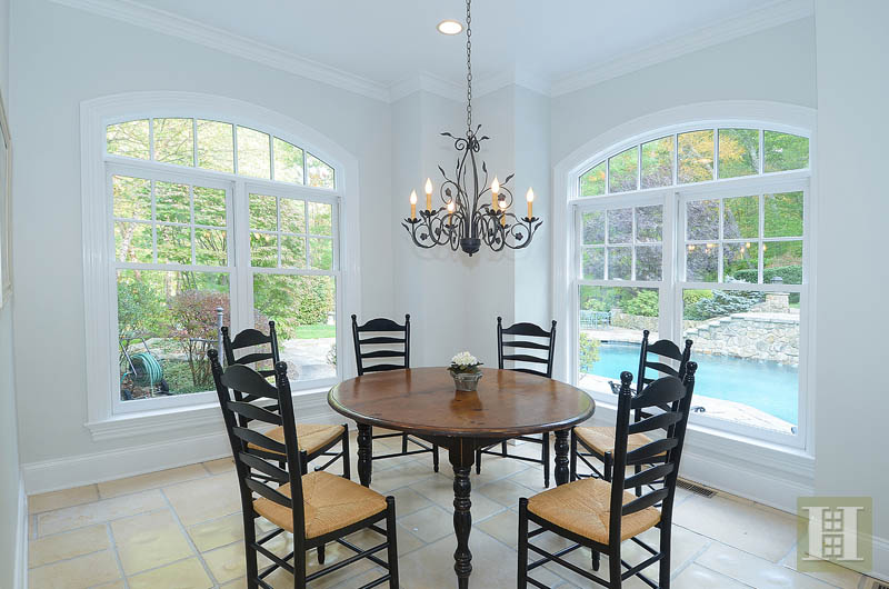 Additional photo for property listing at 242 WAHACKME ROAD  New Canaan, Connecticut,06840 Verenigde Staten