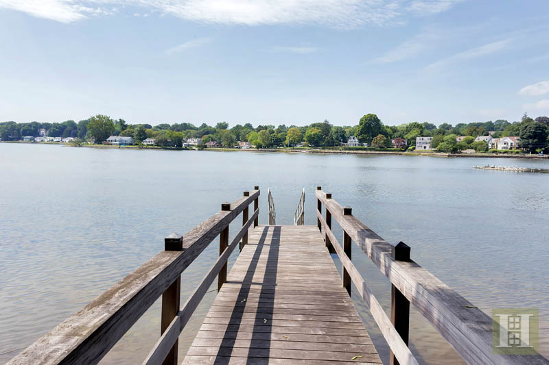 Additional photo for property listing at 9 WEEDS LANDING  Darien, コネチカット,06820 アメリカ合衆国