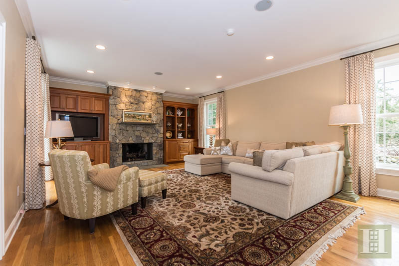 Additional photo for property listing at 450 MANSFIELD AVENUE  Darien, コネチカット,06820 アメリカ合衆国