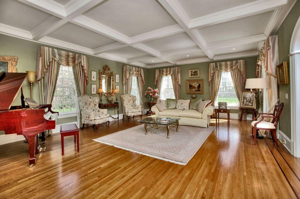 Additional photo for property listing at 440 MICHIGAN ROAD  New Canaan, Connecticut,06840 Stati Uniti
