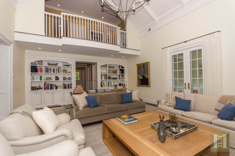 Additional photo for property listing at 887 WEED STREET  New Canaan, Connecticut,06840 États-Unis