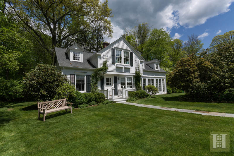 Additional photo for property listing at 887 WEED STREET  New Canaan, Connecticut,06840 United States