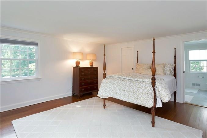 Additional photo for property listing at 5 MIDBROOK LANE  Darien, Connecticut,06820 États-Unis