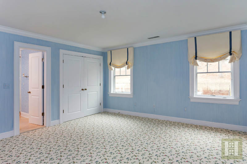 Additional photo for property listing at 22 DRIFTWAY LANE  Darien, Connecticut,06820 Estados Unidos