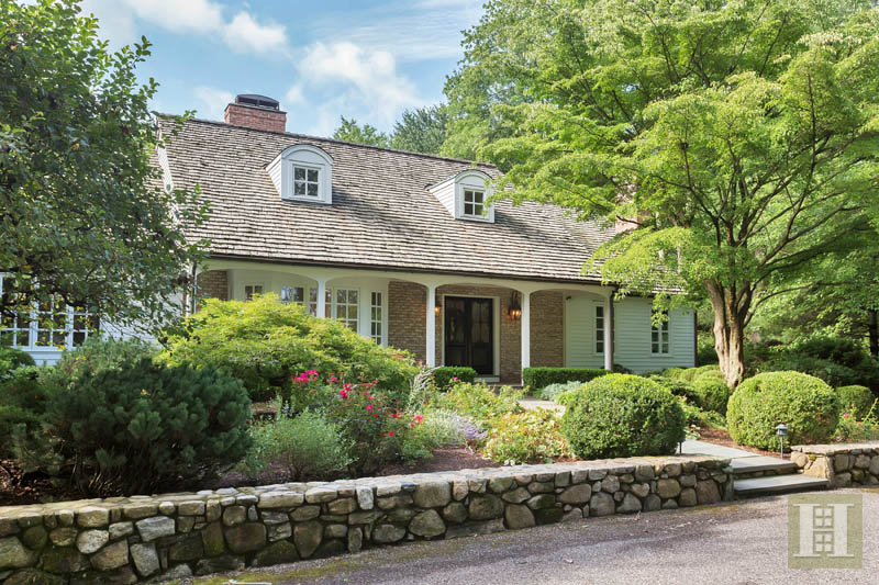 Additional photo for property listing at 90 PARADE HILL LANE  New Canaan, Connecticut,06840 United States