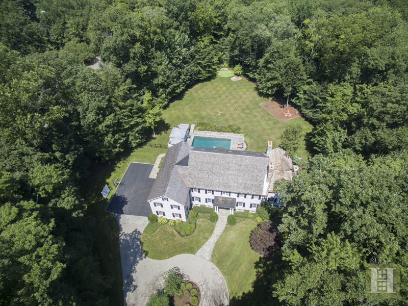 Single Family Home for Sale at 40 BLUEBERRY LANE Darien, Connecticut,06820 United States