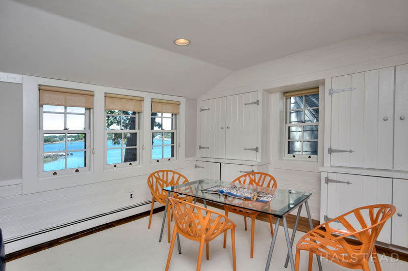 Additional photo for property listing at 42 CONTENTMENT ISLAND ROAD  Darien, 코네티컷,06820 미국
