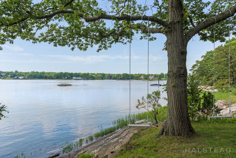 Additional photo for property listing at 42 CONTENTMENT ISLAND ROAD  Darien, Коннектикут,06820 Соединенные Штаты