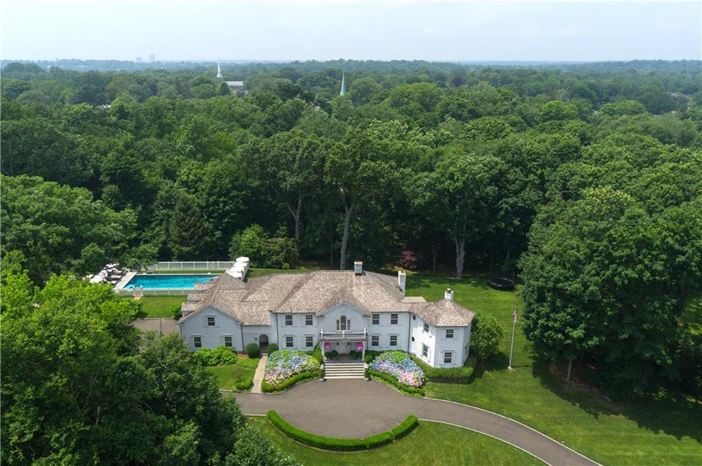 Additional photo for property listing at 10 GLEN GORHAM LANE  Darien, Connecticut,06820 Amerika Birleşik Devletleri