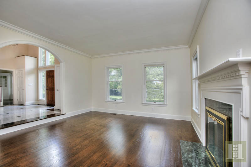 Additional photo for property listing at 5 BATES FARM LANE  Darien, Connecticut,06820 United States
