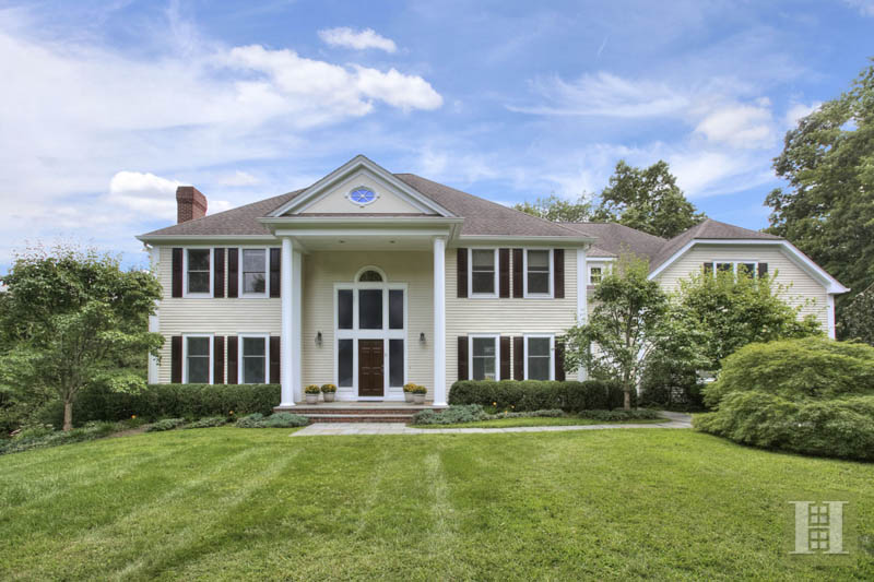 Single Family Home for Sale at 5 BATES FARM LANE Darien, Connecticut,06820 United States