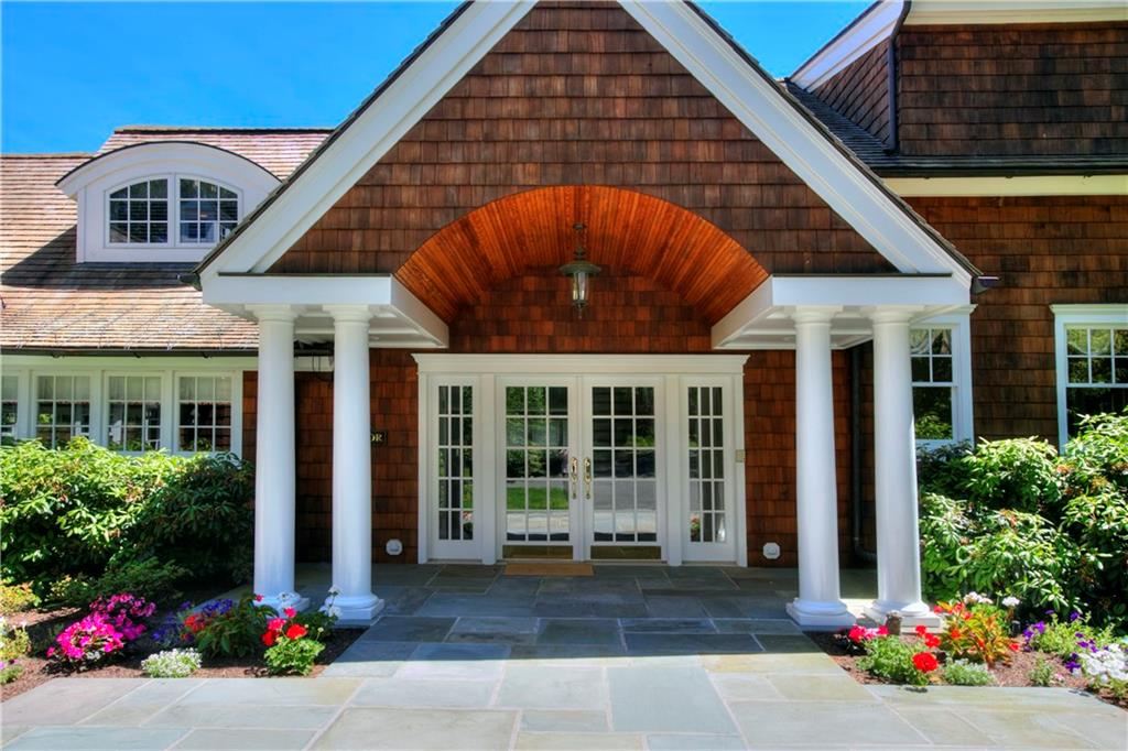 Additional photo for property listing at 783 VALLEY ROAD  New Canaan, 코네티컷,06840 미국