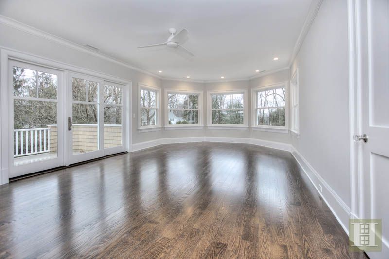 Additional photo for property listing at 11 SUNSWYCK ROAD  Darien, Connecticut,06820 Verenigde Staten