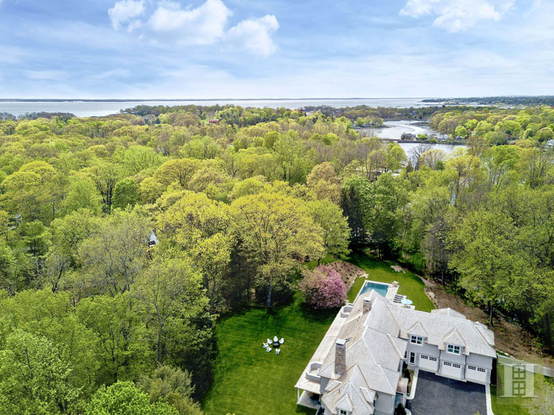 Additional photo for property listing at 11 SUNSWYCK ROAD  Darien, Connecticut,06820 Estados Unidos