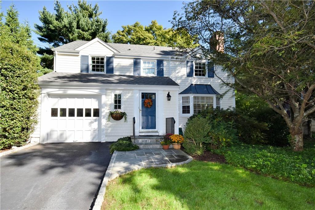 Single Family Home for Sale at 10 EDELWEISS LANE Darien, Connecticut,06820 United States