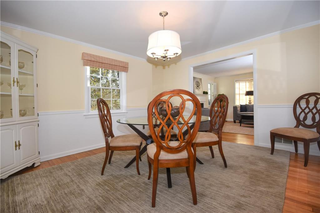 Additional photo for property listing at 10 EDELWEISS LANE  Darien, Коннектикут,06820 Соединенные Штаты