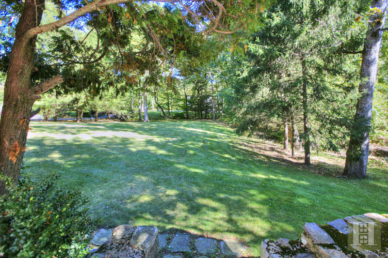 Additional photo for property listing at 154 INDIAN WATERS DRIVE  New Canaan, 코네티컷,06840 미국
