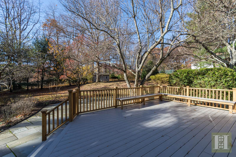 Additional photo for property listing at 5 WATCH TOWER ROAD  Darien, Connecticut,06820 Estados Unidos