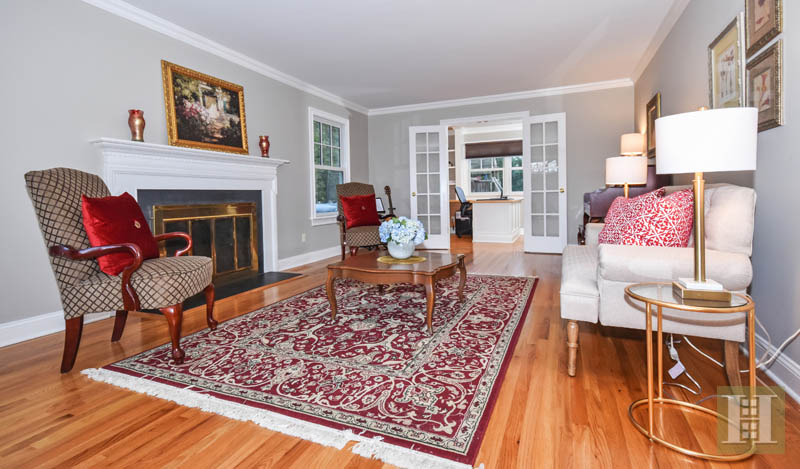 Additional photo for property listing at 10 BARRINGER ROAD  Darien, Connecticut,06820 États-Unis
