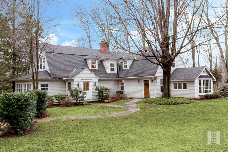 Nhà ở một gia đình vì Bán tại 42 GOODWIVES RIVER ROAD Darien, Connecticut,06820 Hoa Kỳ