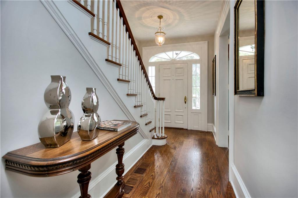 Additional photo for property listing at 174 MANSFIELD AVENUE  Darien, Connecticut,06820 Estados Unidos