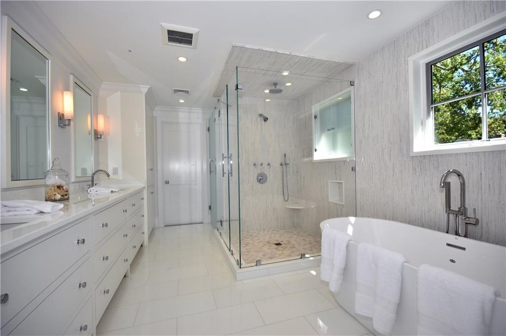 Additional photo for property listing at 315 NOROTON AVENUE  Darien, Коннектикут,06820 Соединенные Штаты
