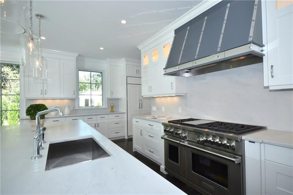 Additional photo for property listing at 315 NOROTON AVENUE  Darien, Connecticut,06820 Stati Uniti