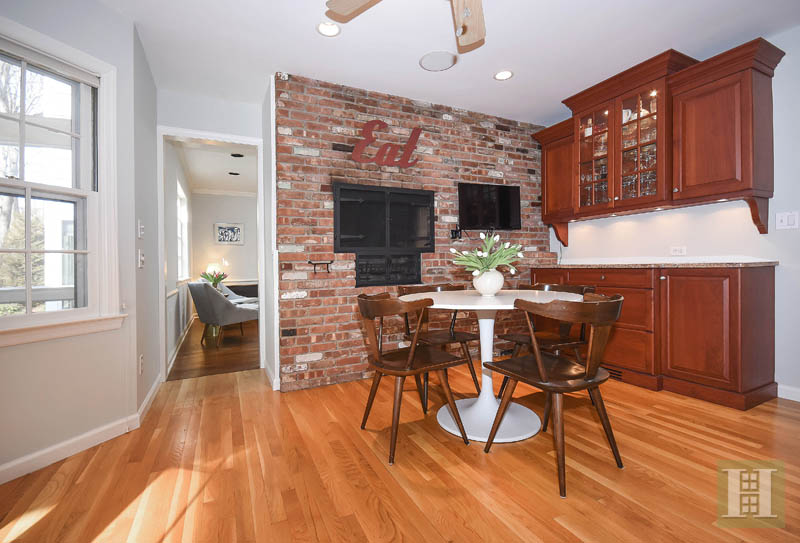 Additional photo for property listing at 45 SILVER RIDGE ROAD  New Canaan, Connecticut,06840 Stati Uniti