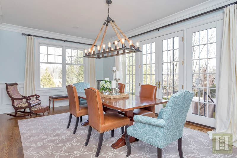 Additional photo for property listing at 113 HARRISON AVENUE  New Canaan, Connecticut,06840 États-Unis