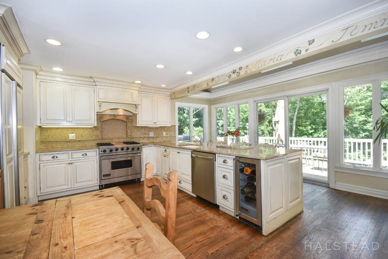 Additional photo for property listing at 73 TURNER HILL ROAD  New Canaan, 코네티컷,06840 미국