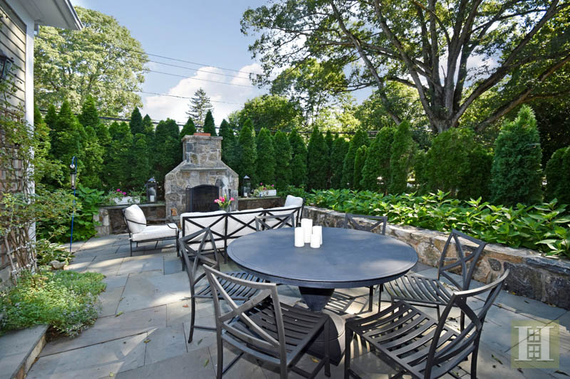 Additional photo for property listing at 33 OLD STAMFORD ROAD  New Canaan, Коннектикут,06840 Соединенные Штаты