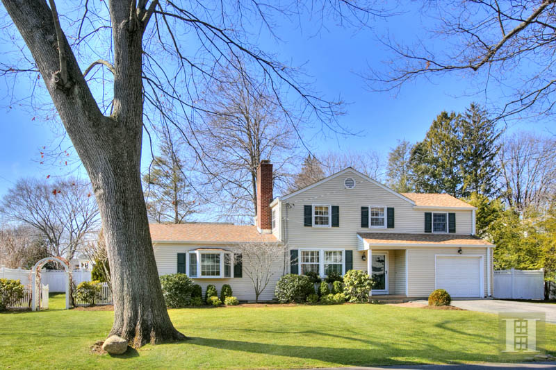 Additional photo for property listing at 12 MILES ROAD  Darien, Connecticut,06820 Verenigde Staten