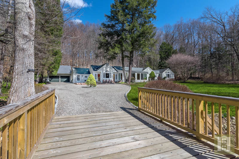 Additional photo for property listing at 7 VALLEY LANE  New Canaan, Connecticut,06840 Estados Unidos