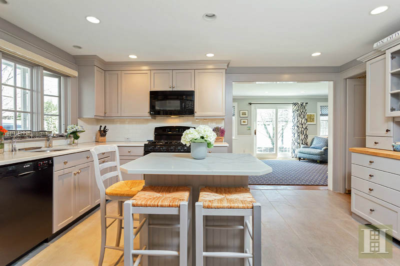 6 SUNSET ROAD, OLD GREENWICH, $2,350,000, Web #: 99181180