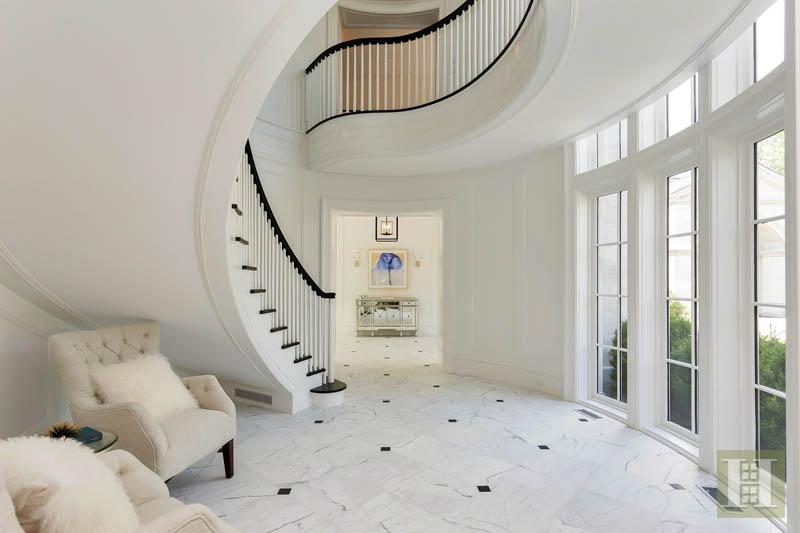 11 ROUND HILL CLUB ROAD, Greenwich, $9,975,000, Web #: 99182263