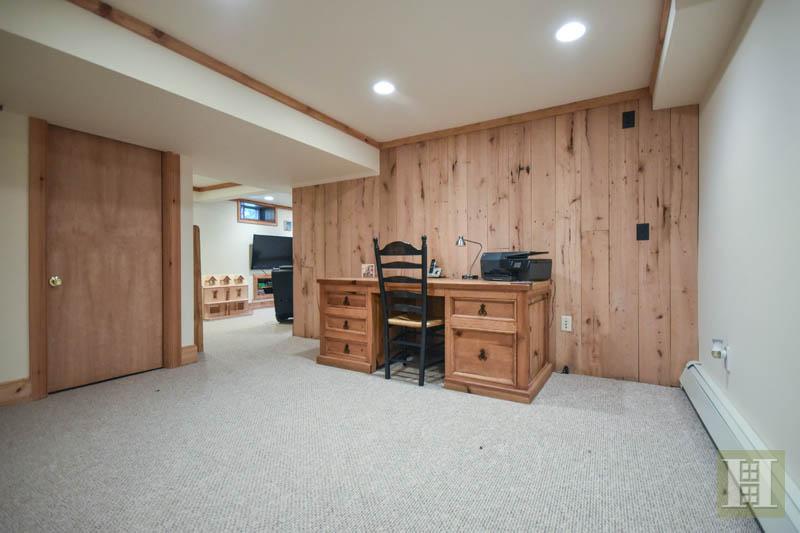 190 CENTER ROAD, Easton, $595,000, Web #: 99188139
