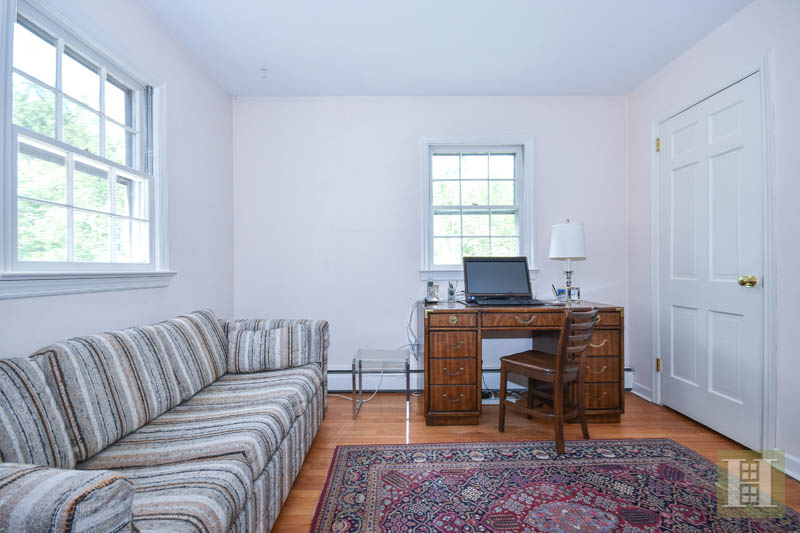 242 BAYBERRY LANE, Westport, $730,000, Web #: 99190241