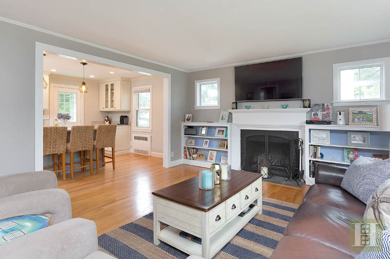 307 WEST AVENUE, Darien, $839,000, Web #: 99194583