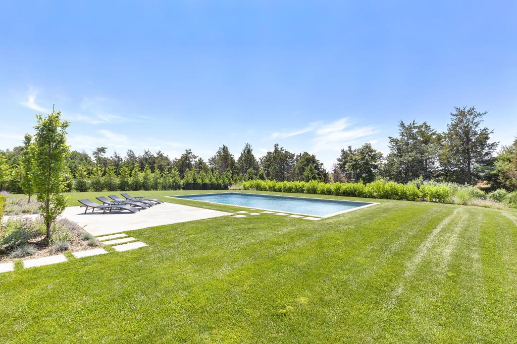 29 Knollwood Drive, Southampton, NY, 11968, $2,995,000, Property For Sale, Halstead Real Estate, Photo 17
